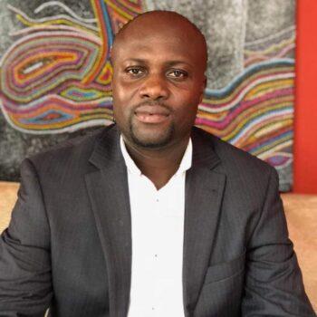 Раймонд Коджо Агбади (Raymond Kojo Agbadi)